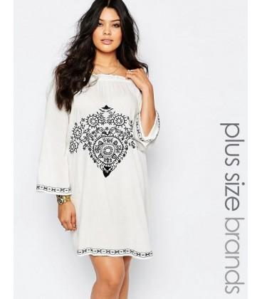 Sukienka Boohoo Plus