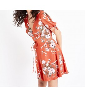 Sukienka NEW LOOK Ditsy XXL 1405018/44