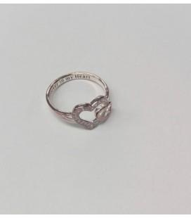 Srebrny pierścionek AVON Heart 2415001/8