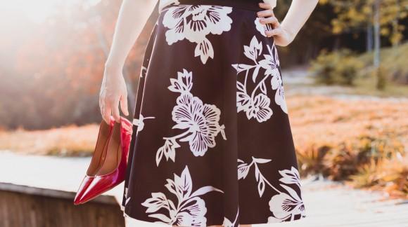 Spódnice damskie – jakie fasony są najmodniejsze?